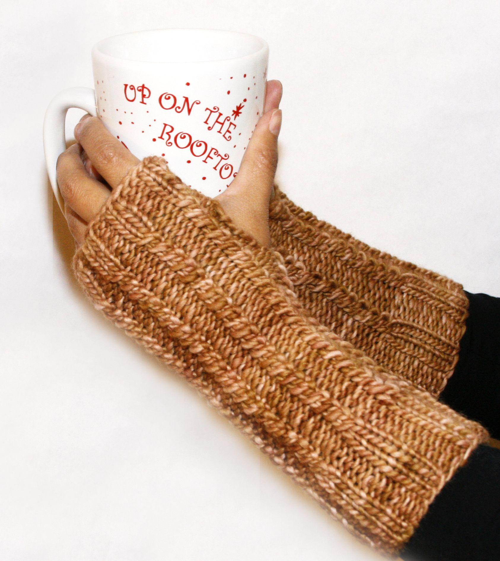 Twirls Wristers Fingerless Gloves - knitting loom - free pattern ...