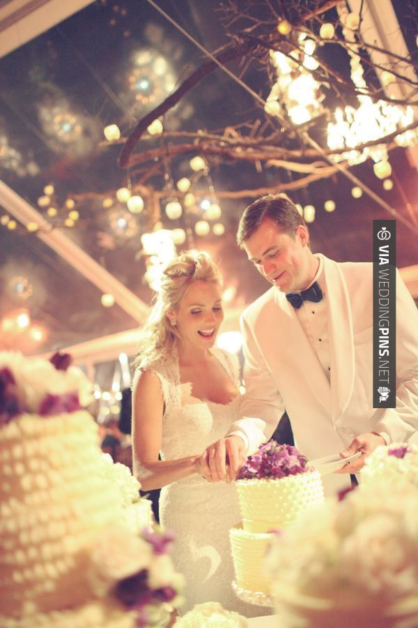 Like this - cake cutting // Gideon Photography | CHECK OUT MORE ...