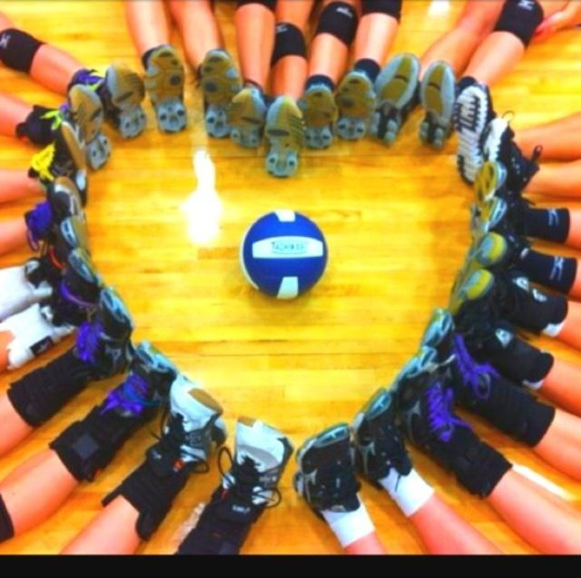 Pin By Kate Nickel On Summer Volleyball Team Pictures Play Volleyball Volleyball Pictures
