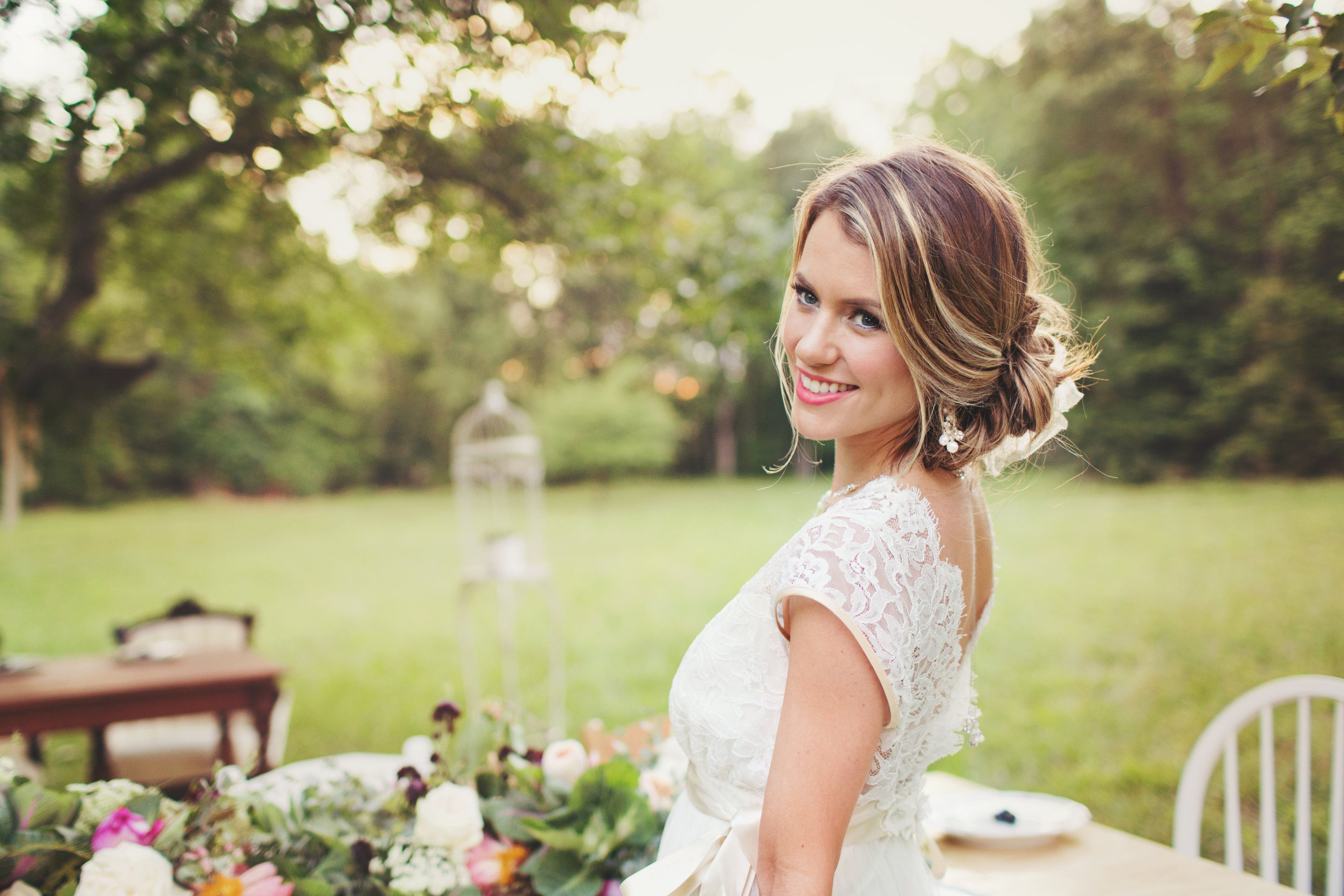 Old South Vintage Rentals   Jordan Fish   Aubre's Bridal   Makeup by Jenny Le   Claire Pettibone   New Creations Flower Company   The Wow Factor Cakes   Bailey Smith Photography
