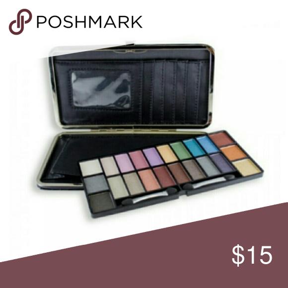 Pocketbook Eyeshadow Palette Makeover Essentials Eyeshadow Eyeshadow Palette