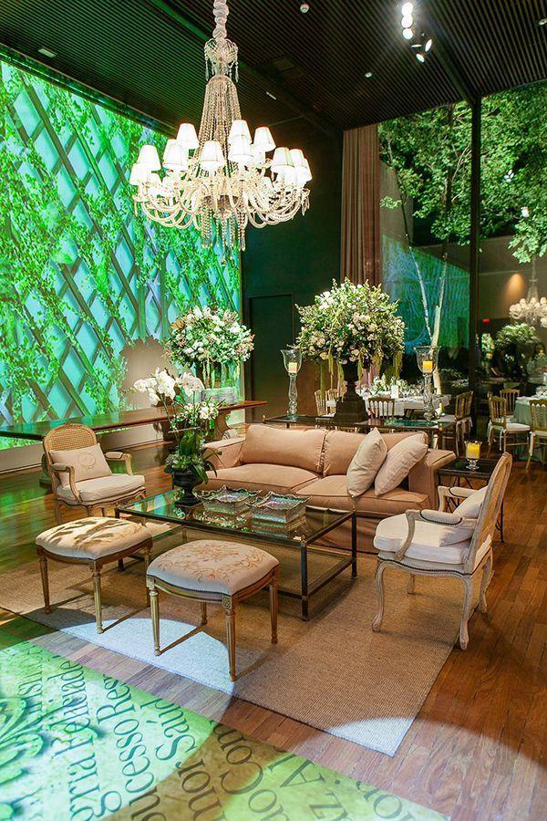 Wedding decoration in white and green Constance Zahn