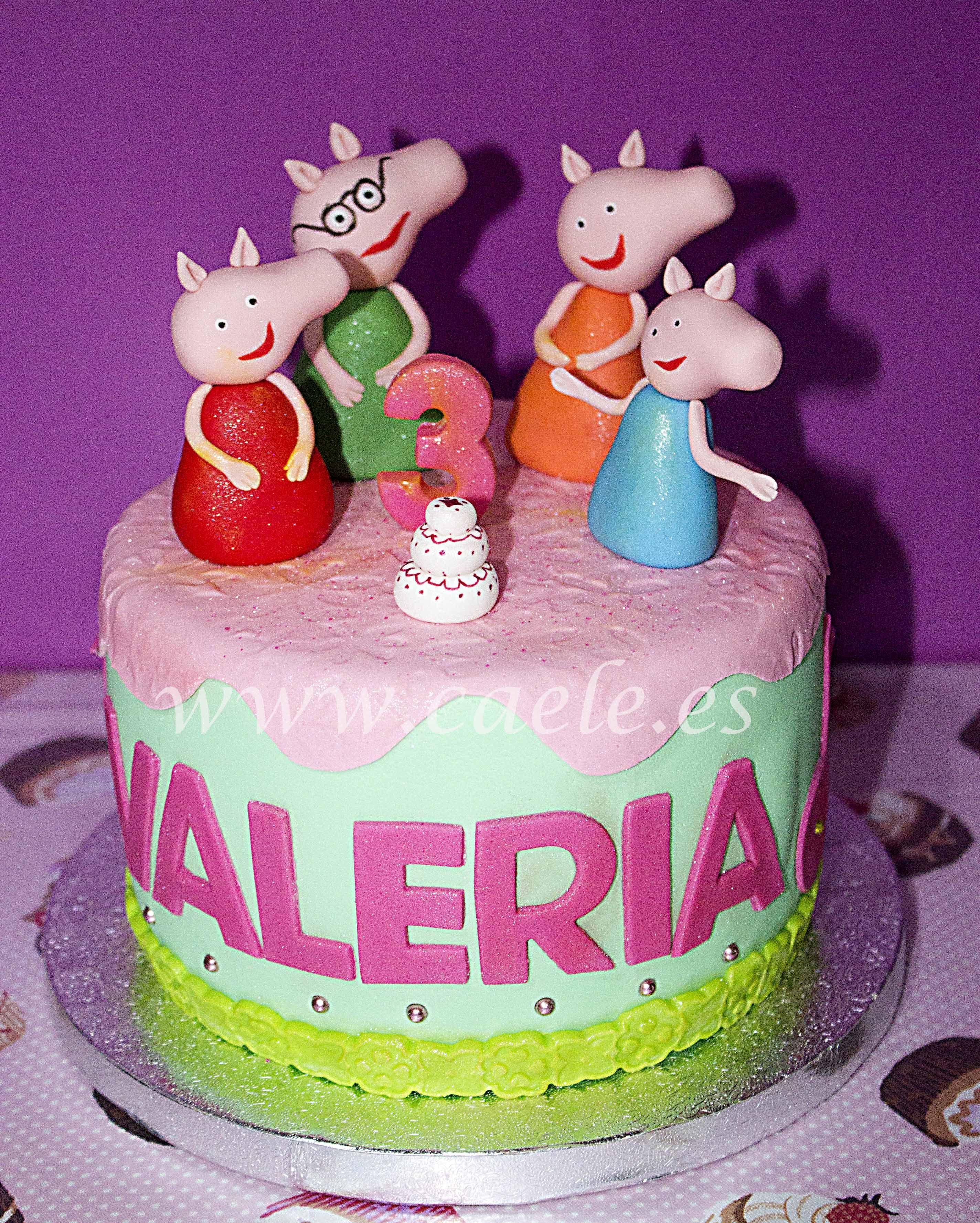 Tarta Peppa Pig #PeppaPig #TartasFondant #TartasAsturias #CaeleReposteriaCreativa