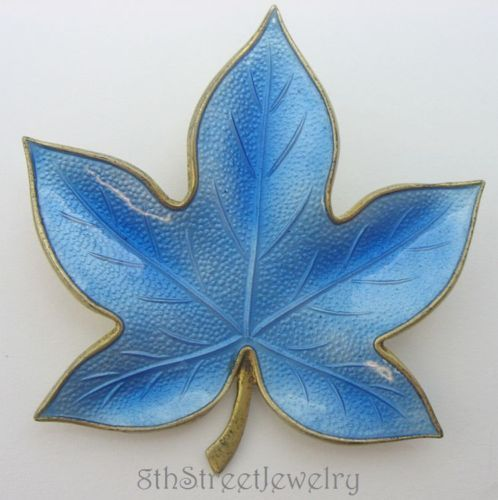 Estate-Br-drene-Bjorklund-1960s-Danish-Sterling-Silver-925S-Blue-Leaf-Brooch