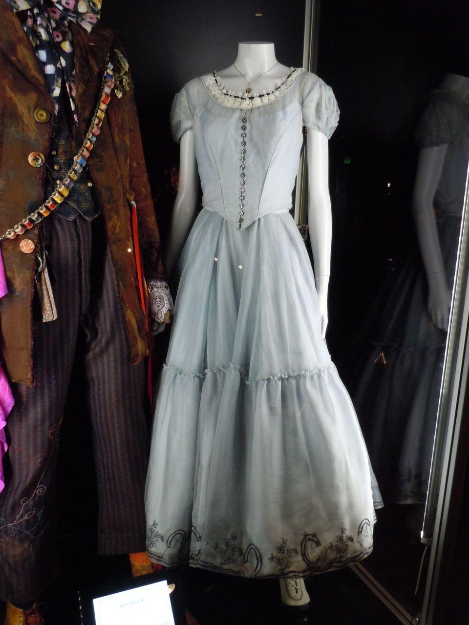 Alice's Dress from Tim Burton's Alice in Wonderland