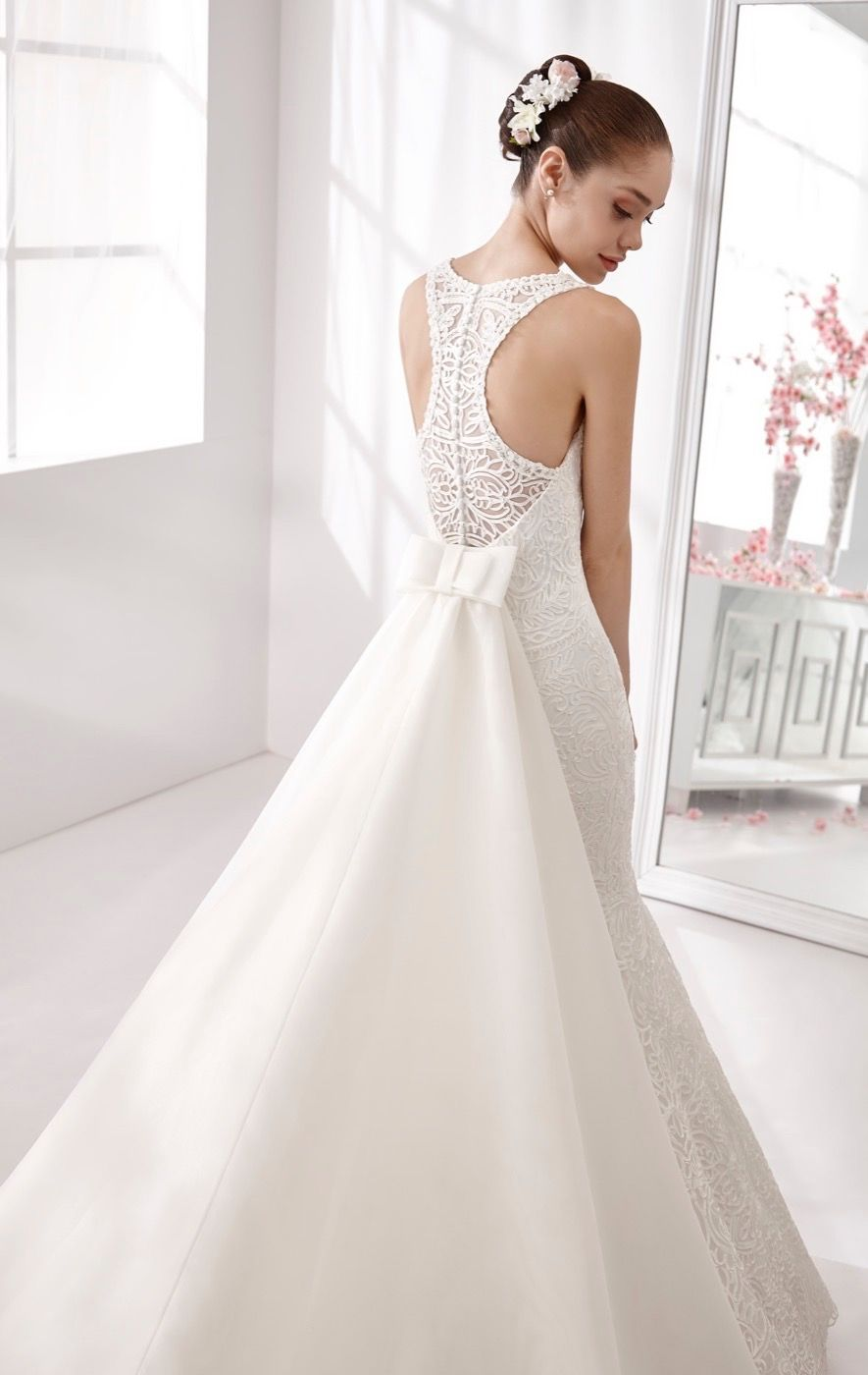 wedding  weddingdress  2016  collection  bride  bridal  brides  fashion   love  white  sposa  abitodasposa  bianco  marriage  7630815633