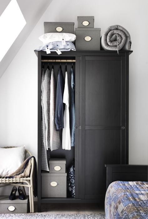 HEMNES Wardrobe with 2 sliding doors, black-brown Perfect Home - Armoire Ikea Porte Coulissante