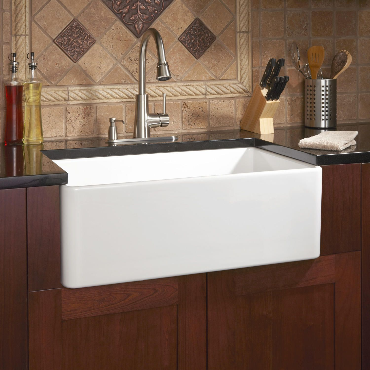 "30"" Reinhard Fireclay Farmhouse Sink White"