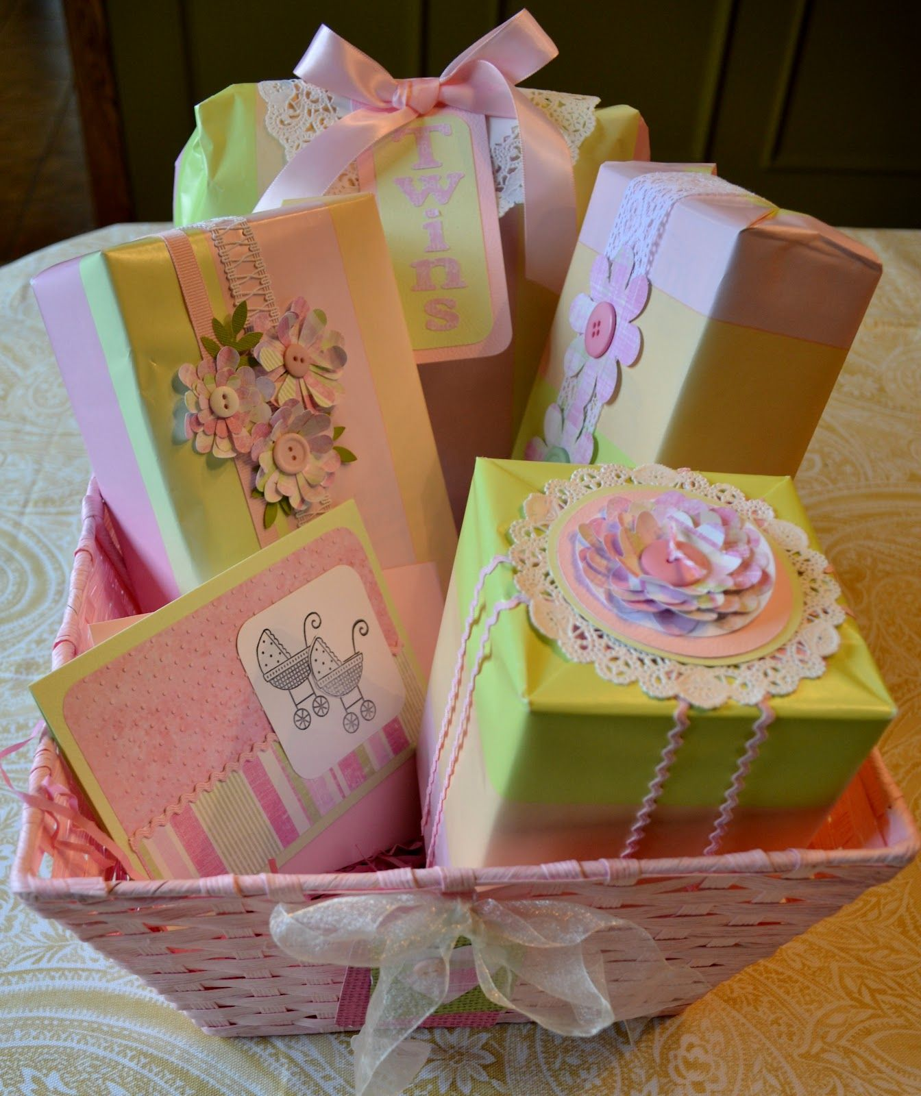 Baby shower gift wrap gift wrapping baby shower gifts