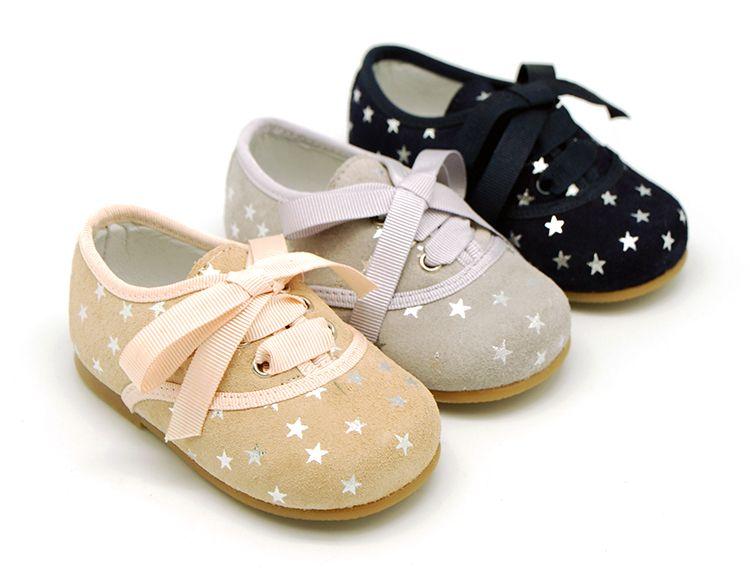 Tienda online de calzado infantil Okaaspain. Calidad al mejor precio  fabricado en España. Zapato 2b672577ae1