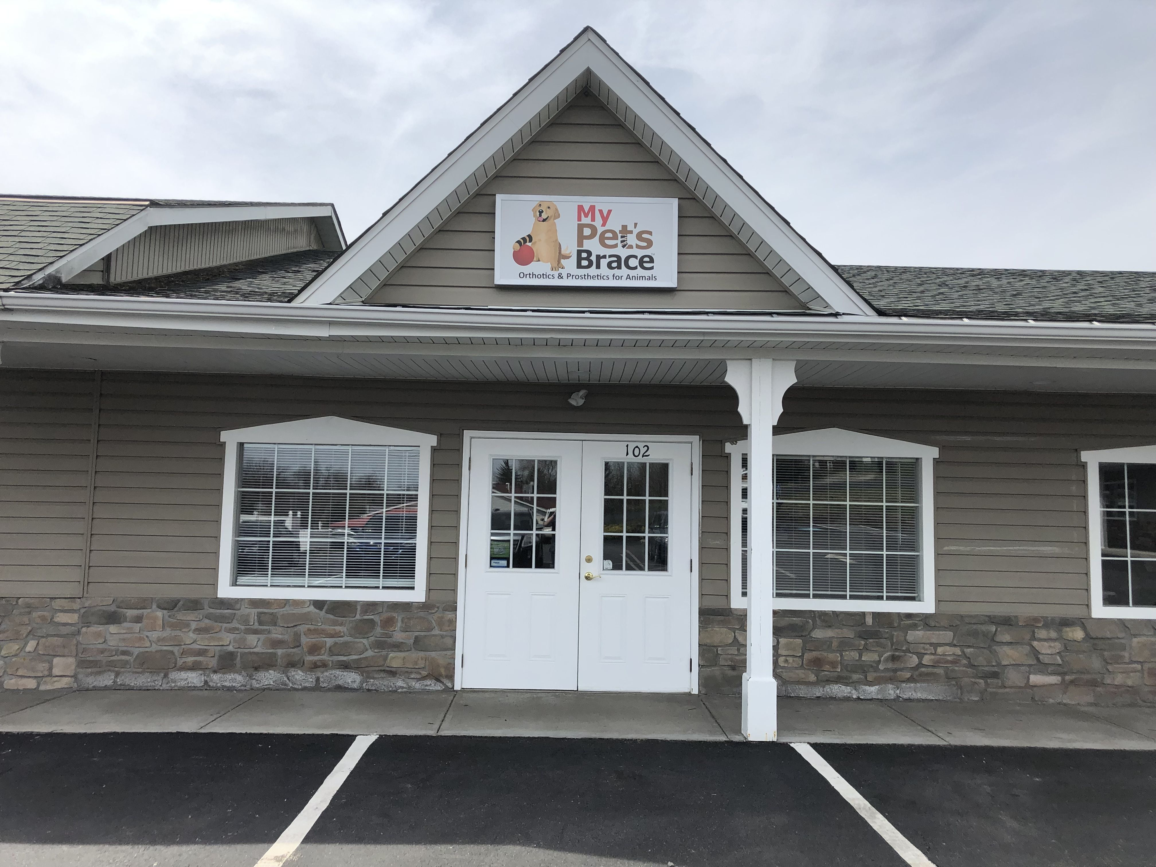 Our new location is open in Pittsburgh! Dogs can be cast