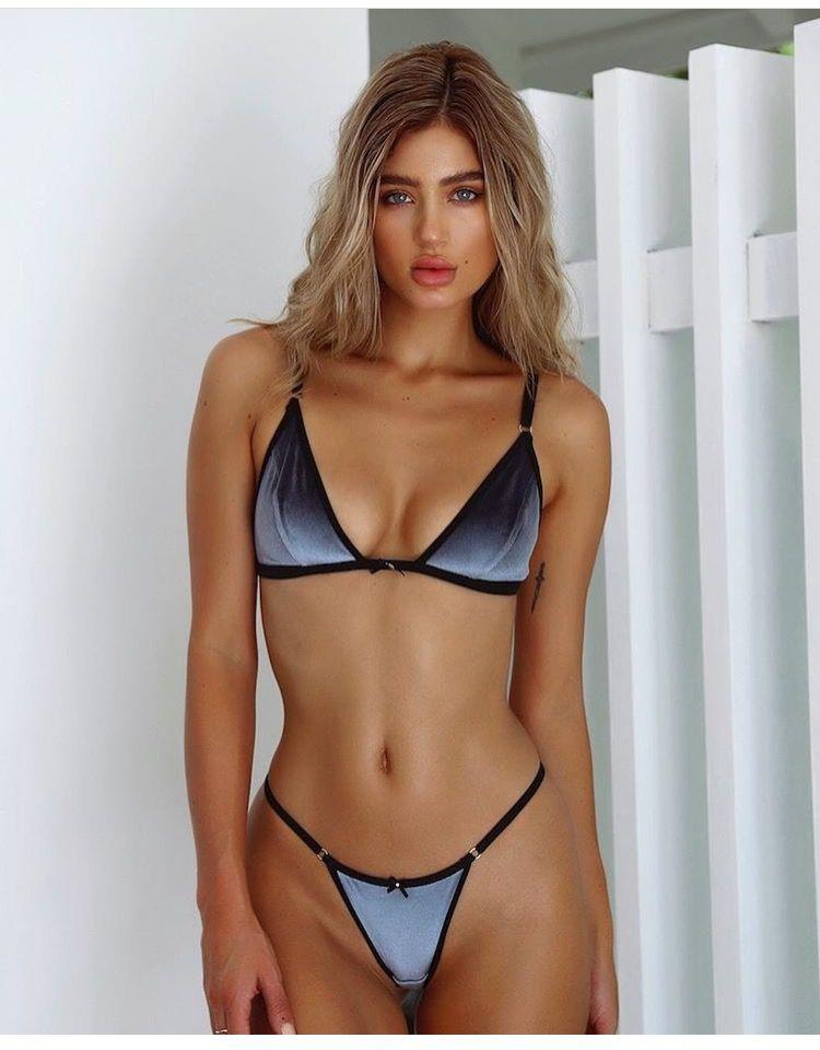 Belle Lucia nude 122