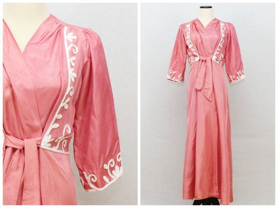 1940s Pink Dressing Gown Vintage 1940s by TheBirdcageVintage ...