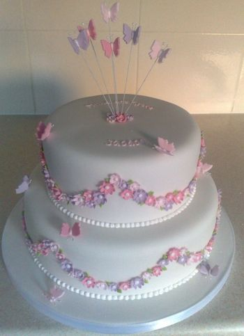 Pin by Trine Adler on Cake ideas | Cake, Pink christening