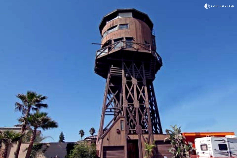 Oceanfront Water Tower Al Sunset Beach Southern California