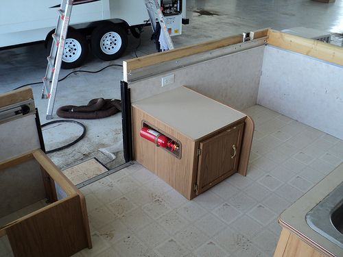 Aw Converting A Popup To A Trailer After The Roof Came Off I Cranked The Support Arms Down One Last Time I Decided Not To Pop Up Camper Projects Baseboards