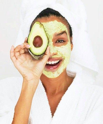Avocado: Diese Frucht sorgt für tolle Haare, Nägel und Haut
