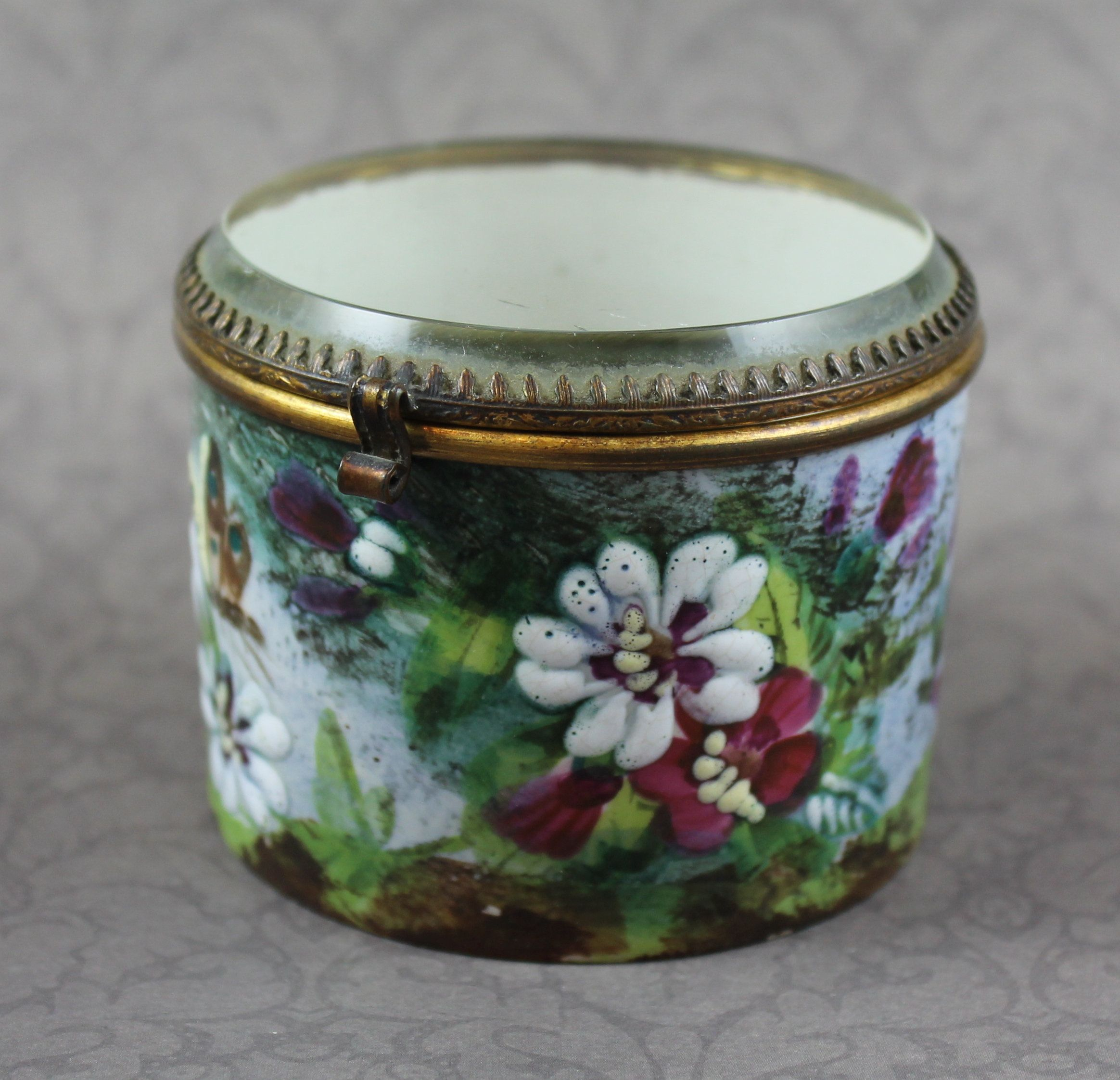 Shabby Chic Vanity Trinket Box Small Antique Floral Butterfly Jewelry Box