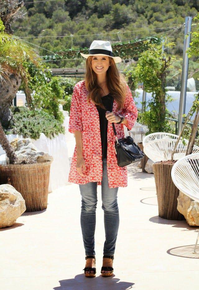 Casual Look. Look con abrigo de verano. Look con borsalino. Look con bolso Rebecca MInkoff. A trendy life. #casual #summercoat #borsalino #trendy #kling #zara #rebeccaminkoff #mango #georgiarose #outfit #fashionblogger #atrendylife www.atrendylifestyle.com