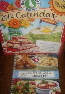 ~Gooseberry Patch 101 Soups, Salads and Sandwiches~ Cookbook and Calendar Review and GIVEAWAY