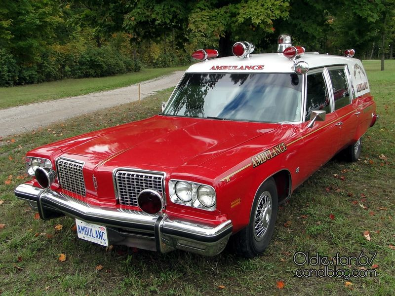 oldsmobile-98-ambulance-1974-a