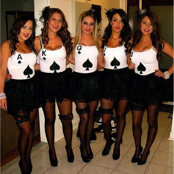 8 cards community post top 10 diy halloween costumes for cards community post top 10 diy halloween costumes for college students solutioingenieria Image collections