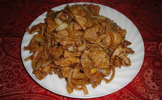 Жареная свинина на сковороде: рецепты с фото пошагово 77
