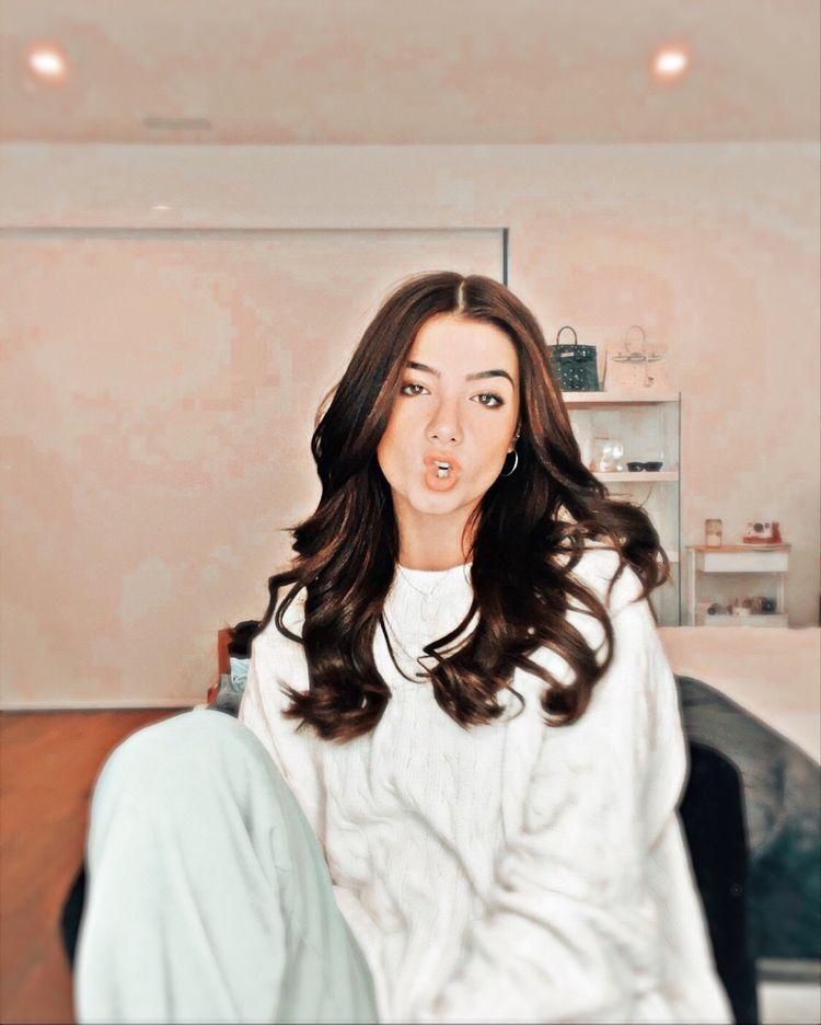 wallpapers Charli D'amelio Rare Aesthetic Photos 37 charli d amelio ideas in 2021 girl