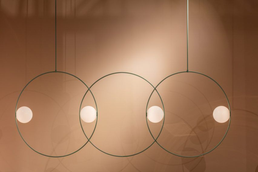 Anastassiades Worked With More Than 50 Shades Before Deciding On A Verdigris Hue That Was Inspire Lampe Design Eclairage Industriel Vintage Eclairage Vintage