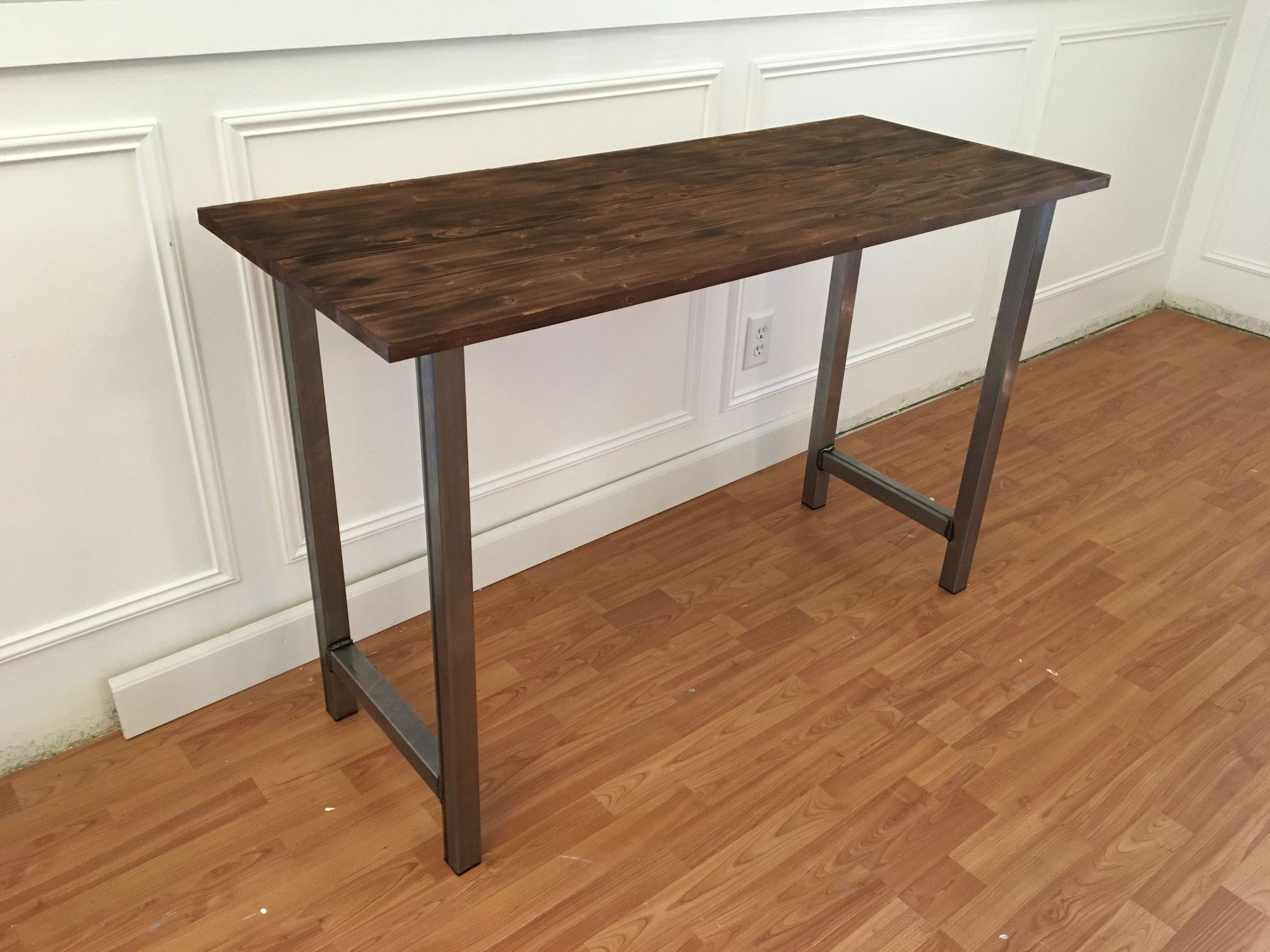 Metal Entry Table. 30\ Metal Entry Table
