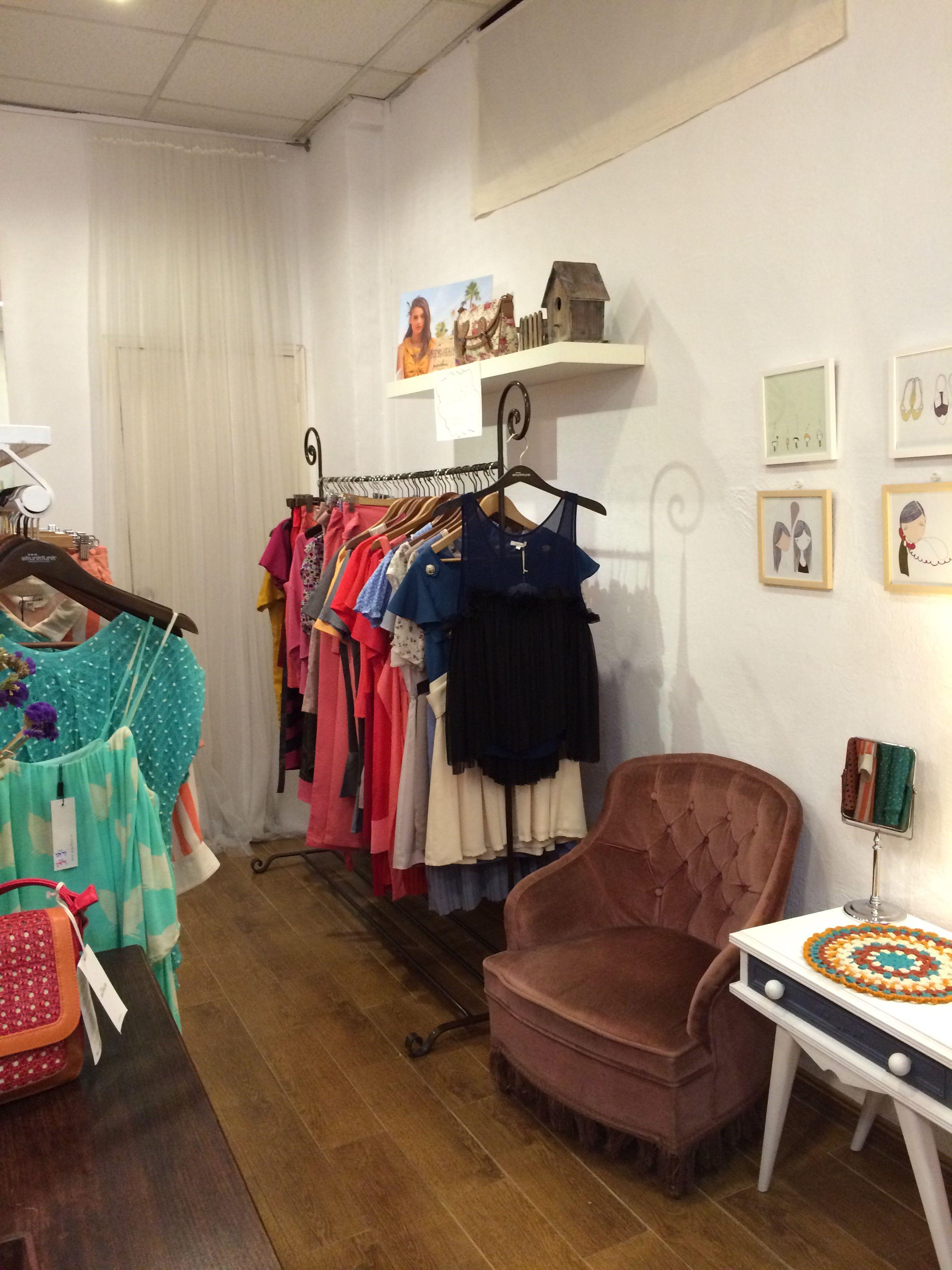 1858f5506 Tienda de ropa vintage en Sevilla