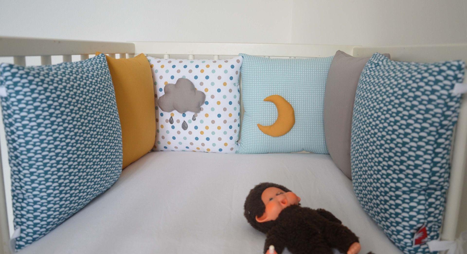 Tour de lit coussins bébé Collection \'Taupe sous roche ...