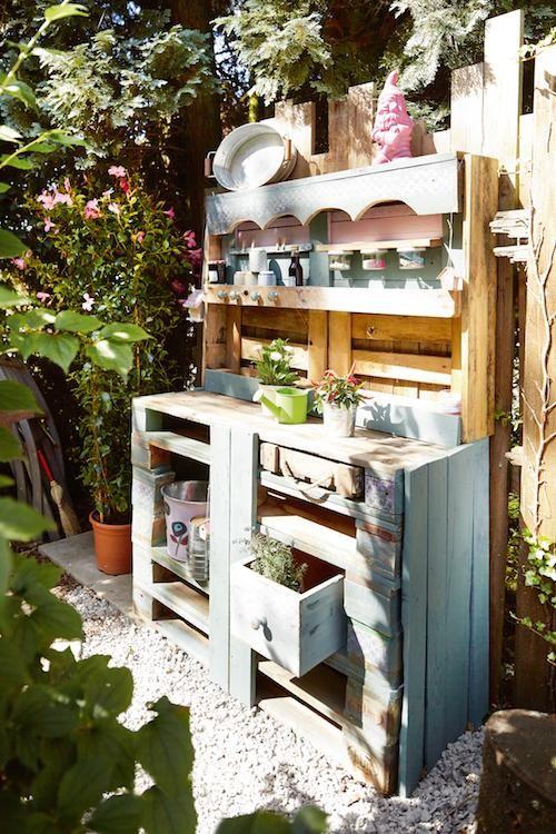 gartenm bel aus paletten sweet paul garden ideas pinterest gartenm bel aus paletten. Black Bedroom Furniture Sets. Home Design Ideas