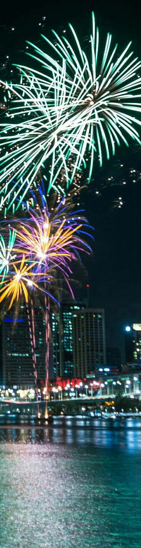 Xmas Fireworks on the Brisbane River at Southbank photo
