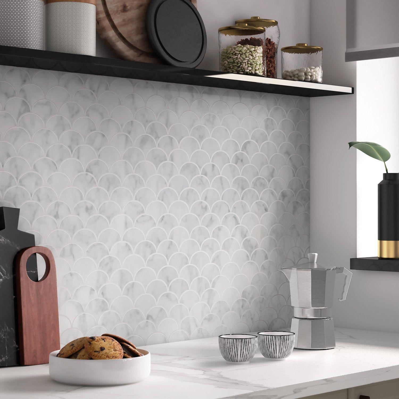 La Mosaique Minerale Met En Valeur Le Mur De La Cuisine Turfu