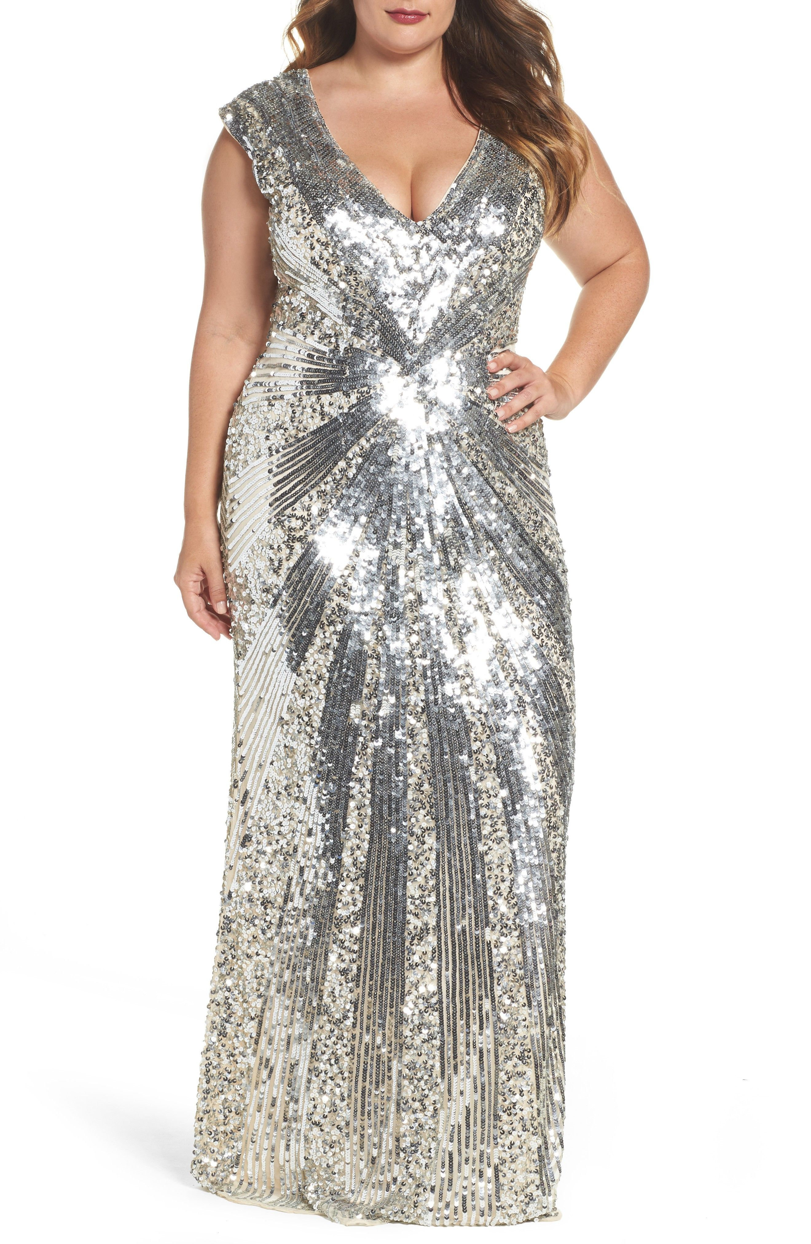 New Mac Duggal Sequin Plunging V Neck Gown Plus Size Champagne