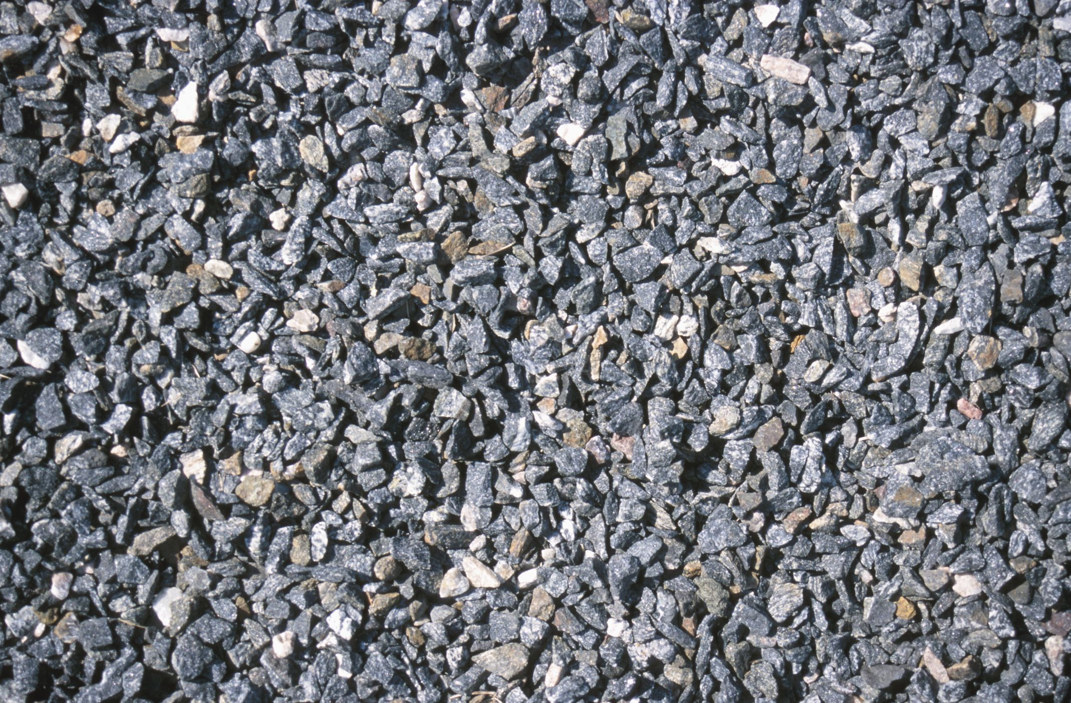 How to put pea gravel in concrete rock driveway gravel