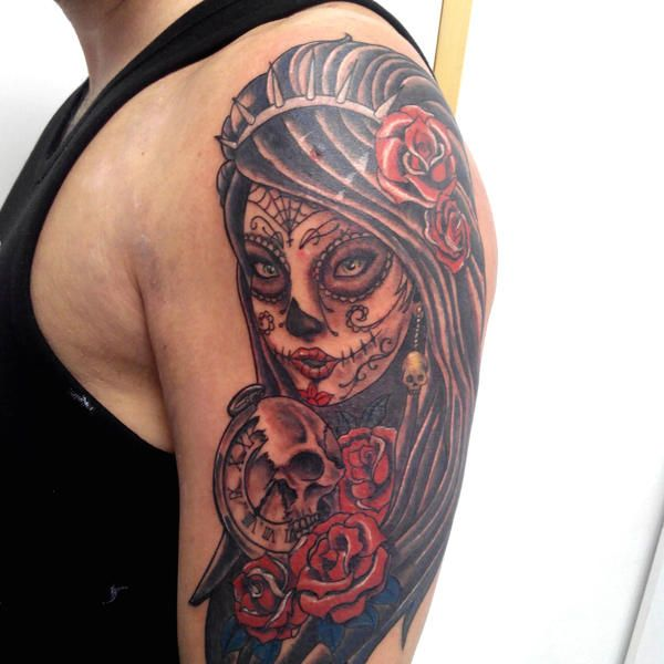 photo de tatouage santa muerte superbe catrina avec des. Black Bedroom Furniture Sets. Home Design Ideas