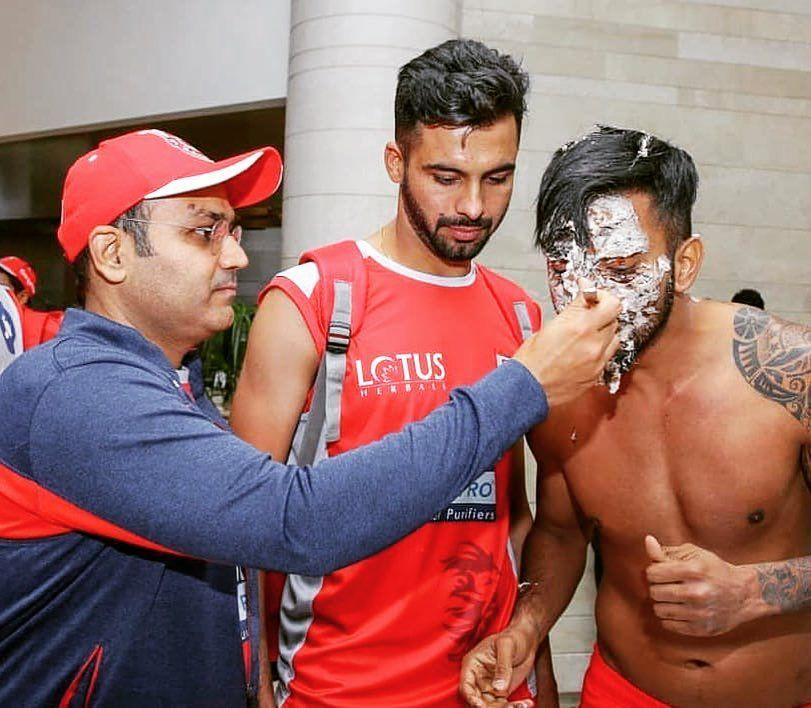 Rohit Sharma trolls Virat Kohli, Shikhar Dhawan, KL Rahul