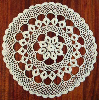Белая салфетка связаная крючком. | CROCHET | Pinterest | Crochet ...