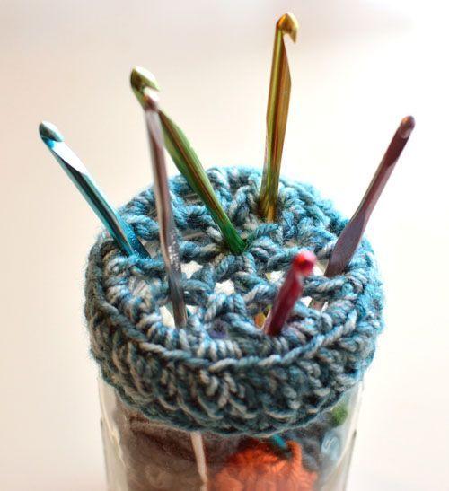 Free Crochet Pattern: Mason Jar Crochet Hook Holder (Crochet Spot ...