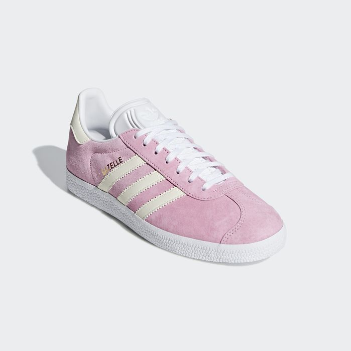 02aa5bc7787ae3 Gazelle Shoes True Pink 5 Womens in 2019