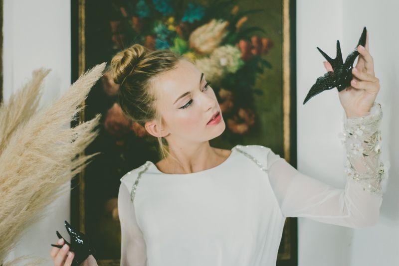 """Vestido Greta """"Embraceable you"""" Nueva colección de novias Beba´s Closet www.bebascloset.com Zapatos: Mas 34 Flores: María Salazar Foto: Días de Vino y Rosas Pelo: Marieta Hairstyle Maquillaje: Mercedes Couceiro Joyas: Beatriz Palacios"""