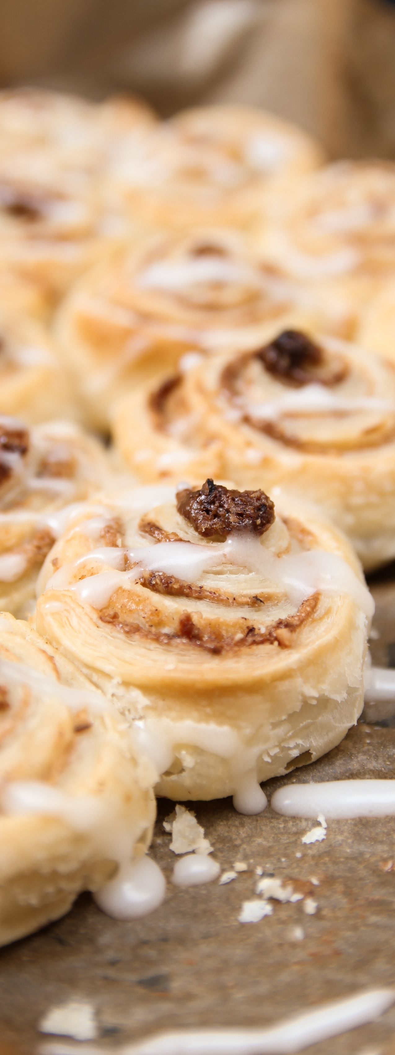 Photo of Puff pastry cinnamon buns Filizity.com