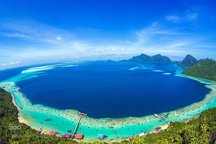 12 Pulau Menarik Di Malaysia Yang Tak Popular Tapi Cantik Beautiful Places To Travel Sabah Beautiful Places To Visit