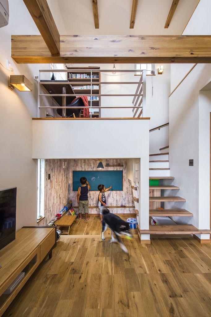 中二階を取り入れた家 北欧スタイル 注文住宅の事例写真 デザイン集 株式会社スペースラボ 小さな家の間取り 狭い家 住宅リフォーム