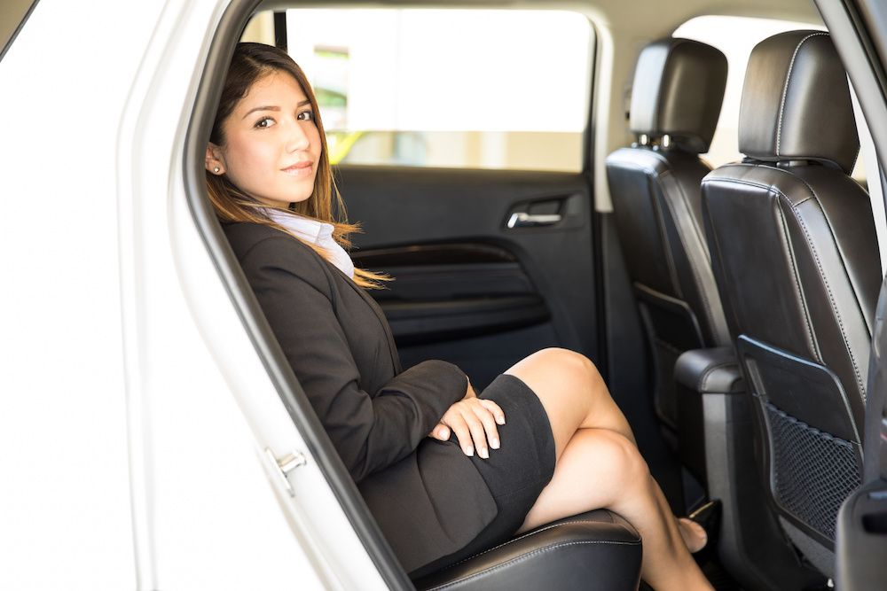 говорилось именно лейк на заднем сиденье автомобиля фото беларусь девушки легли