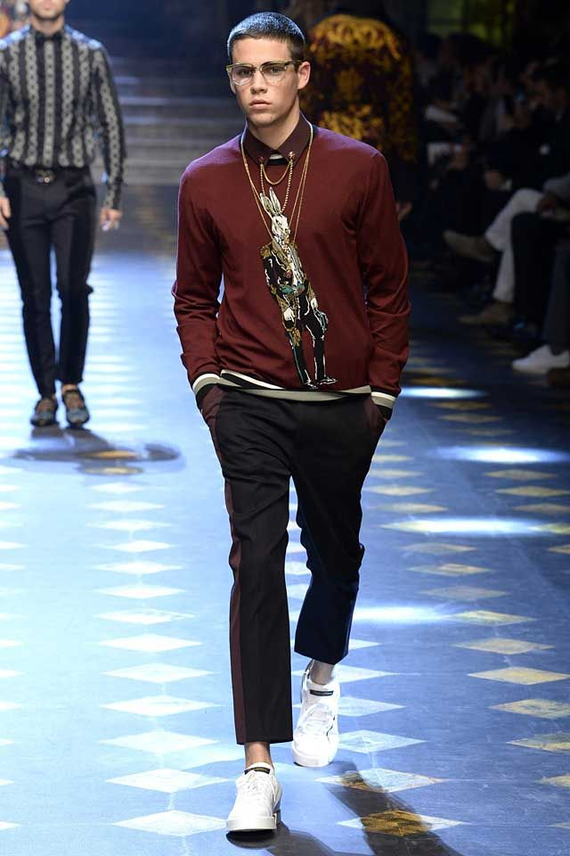 1955c029b2d2 Go bold and unique this season with11 cool style ideas for men inspired by  the latest Dolce   Gabbana Fall Winter 2017 collection!
