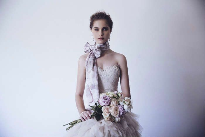 CAPTURE THE ESSENCE OF YOUR WEDDING DAY: THE WEDDING SCARF