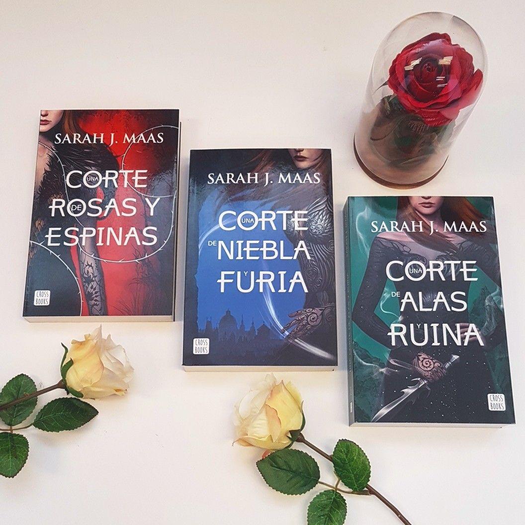 """Ya tenemos por la librería la trilogía completa de """"Una corte de rosas y  espinas"""